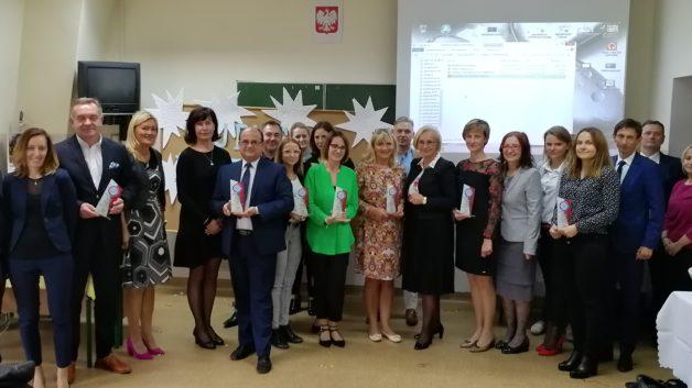 http://www.zslit.gubin.pl/wp-content/uploads/2018/10/poszukiwacze-Talentów__laureaci-e1538989137908-628x353.jpg